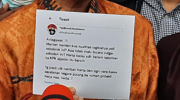 Roy Suryo polisikan Ferdinand Hutahaean soal 'Mantan Menteri Sebodoh Itu'