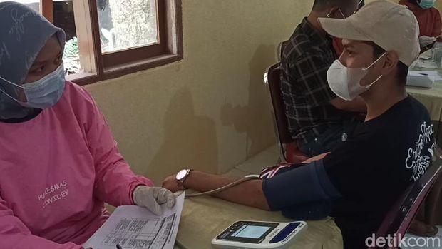 Vaksinasi asyik di Kawah Putih Ciwidey
