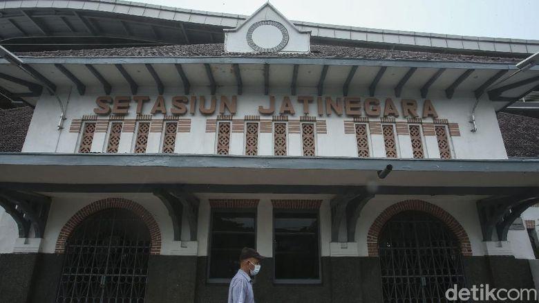 Wisata Sejarah  Stasiun Jatinegara
