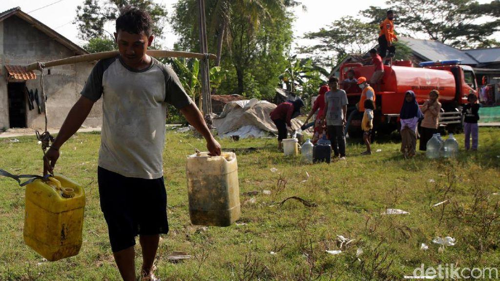 Air Bersih untuk Desa Sukaringin Bekasi Terus Mengalir