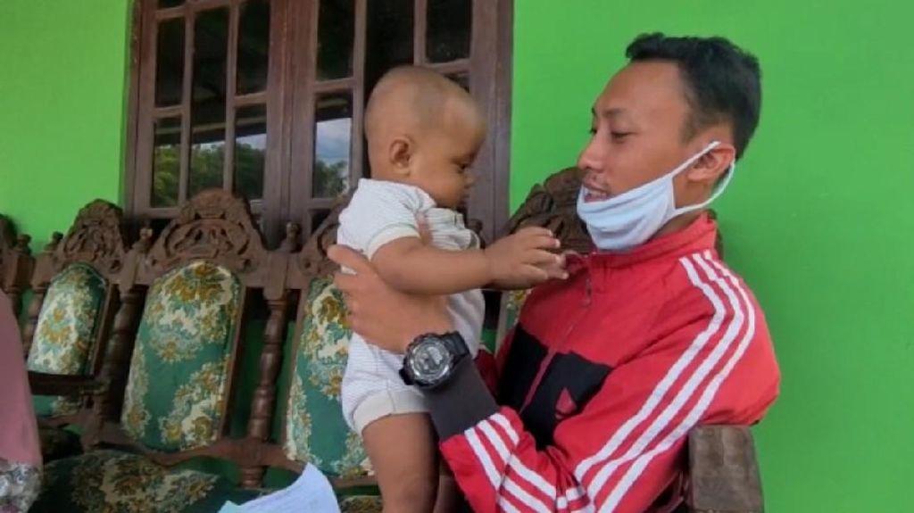 Dear Pak Ganjar, Pasutri Ini Butuh Biaya Operasi Anak yang Idap Jantung Bocor