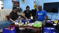 Pensiun Jadi Manajer, Pria Ini Dedikasikan Hidupnya Jadi Donatur Makanan