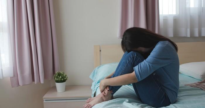 Foto ilustrasi wanita yang mengalami ghosting.
