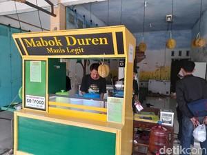 Minuman Durian yang Legit Harum Ini Ada di Warung Mabok Duren
