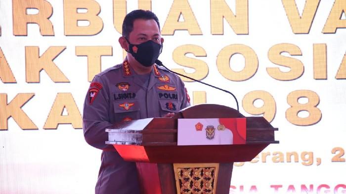 Kapolri Jenderal Listyo Sigit Prabowo di acara serbuan vaksinasi Paguyuban Alumni AKABRI 1998