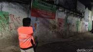 Sempat Dikeluhkan Warga, Jalanan Kramat Bersih dari Sampah Malam Ini