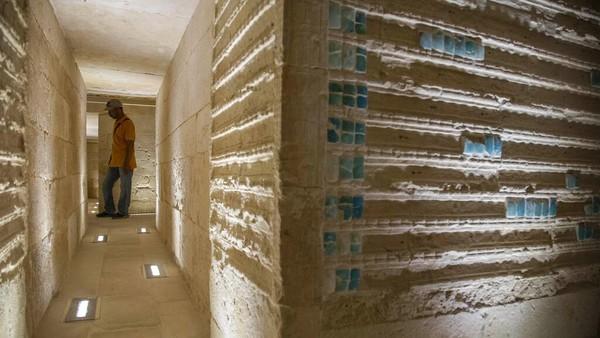 Kementerian Purbakala dan Pariwisata Mesir mengatakan pembukaan struktur makam ini menandai selesainya pekerjaan restorasi yang dimulai pada tahun 2006 dan termasuk penguatan koridor bawah tanah, perbaikan ukiran dan dinding ubin, dan pemasangan lampu.