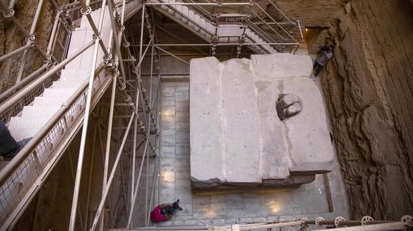 Pemerintah Mesir memamerkan struktur makam kuno milik kompleks pemakaman Raja Djoser, seorang firaun yang hidup lebih dari 4.500 tahun yang lalu, setelah restorasi dan dibuka untuk umum sejak Selasa (14/9/2021).