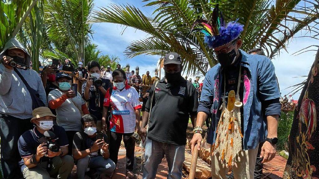 Kampung Terapung Jadi Desa Wisata, Sandi Jadi Menteri Pertama yang Datang