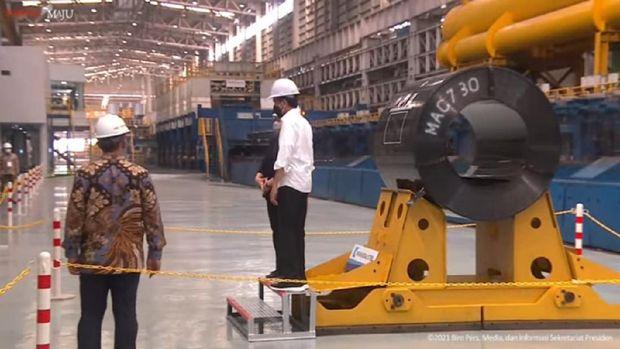 Momen Jokowi-Puan di Peresmian Pabrik Industri Baja