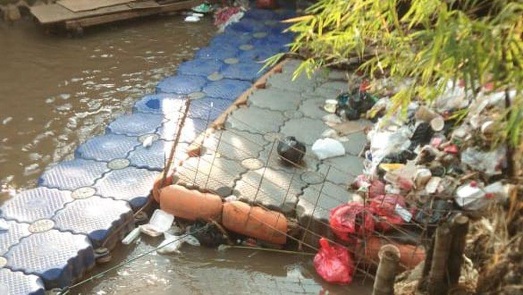 Sampah Kali Dekat Kelurahan Rawa Bunga Perlu Diangkut untuk #CegahBanjir