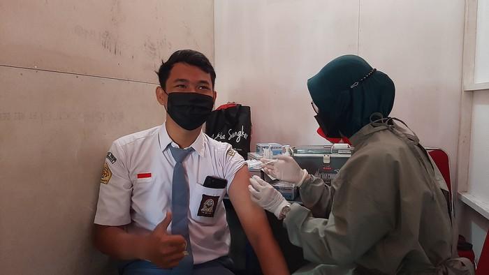 Vaksinasi pelajar di Kabupaten Banyumas