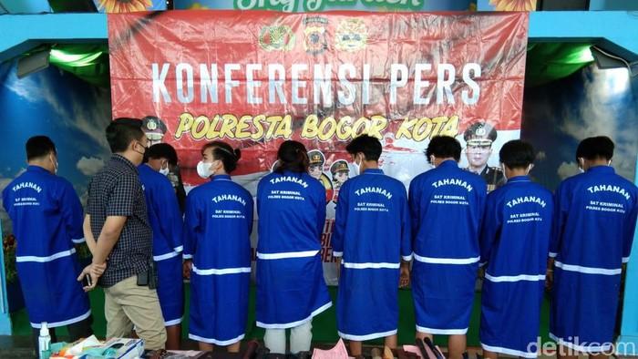 7 remaja ditangkap karena membegal pemotong di Bogor