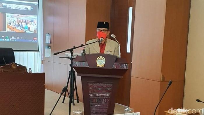 anggota DPRD F-PDIP, Penyabar Nakhe (Ahmad Arfah/detikcom)