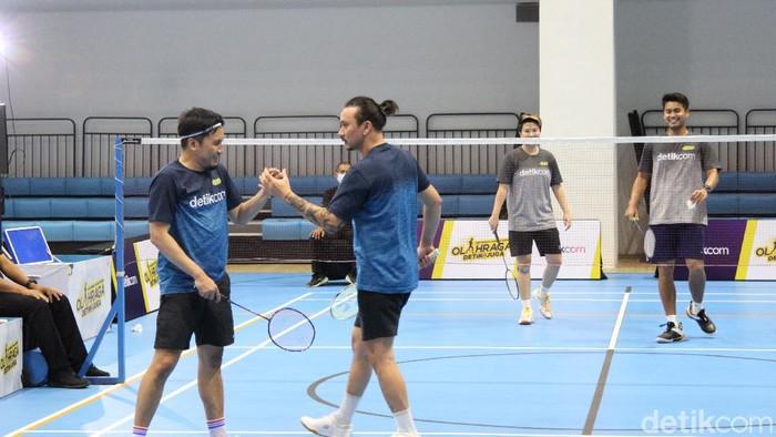 Fun Match Badminton, Vindes vs Owi Butet