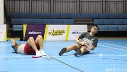 Video: Badminton Kocak ala MLI Vs Comika.id