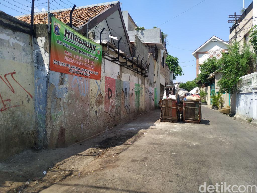 Jl Kenanga, Kelurahan Kramat, Jakpus, sudah bersih dari sampah, 22 September 2021 siang. (Athika Rahma/detikcom)