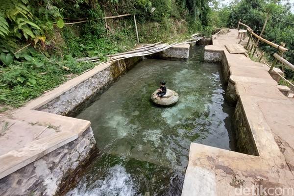 Objek wisataini berada di kawasan Bandung Timur, tepatnya di Desa Drawati, Kecamatan Paseh. (Wisma Putera/detikcom)