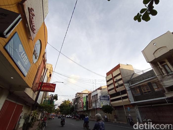 Menilik mitos dan sejarah Jalan Karanggetas di Cirebon