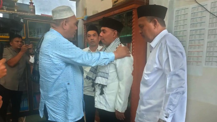 Jelang Musyawarah Daerah (MUSDA) ke-V Partai Demokrat Provinsi Aceh, calon Ketua DPD Muslim kembali sambangi ulama.  Kali ini kunjungan Muslim ke pesantren untuk kembali bersilaturahmi dengan para ulama. Langkah itu tak lepas dari jejak SBY yang tetap menjaga silahturahmi dan tidak melupakan peran ulama di Aceh.