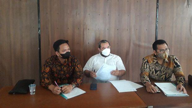 Konferensi pers UPTD P2TP2A Kota Tangerang Selatan terkait kasus pemerkosaan S (13) oleh ayah tirinya R (46), Rabu (22/9/2021).
