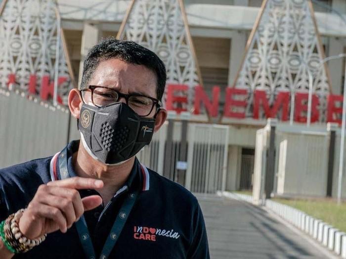 Menteri Pariwisata dan Ekonomi Kreatif Sandiaga Uno meninjau Stadion Lukas Enembe. Stadion ini akan menjadi venue utama PON XX Papua.