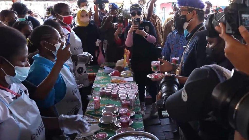 Promosikan Produk Lokal Papua, Sandiaga UnoCicipiEs Krim Sagu