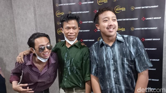 Warkopi, 3 Pemuda yang Disebut Mirip Warkop DKI