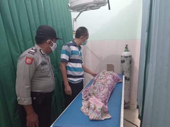 Bocah di Ponorogo tewas tenggelam di Sungai Blabakan Mbah Anom, Desa Japan, Kecamatan Babadan. Ia tenggelam saat ikut berenang bersama dua temannya.