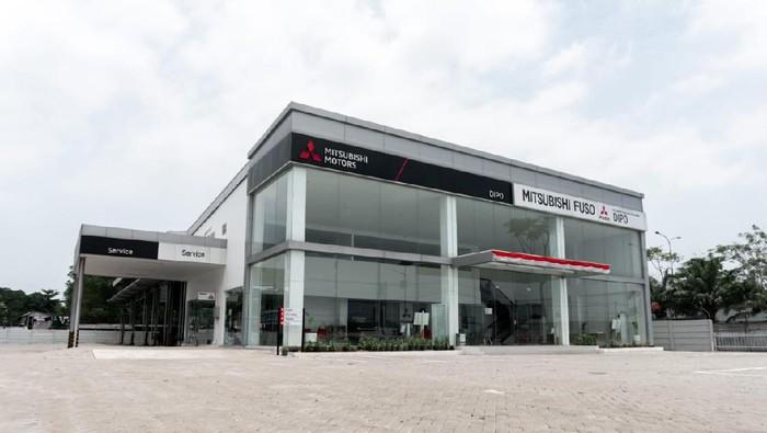 Dealer baru Mitsubishi Fuso di Balaraja