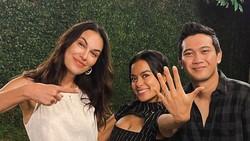 Sophia Latjuba Bocorkan Rencana Pernikahan Eva Celia Bukan di Indonesia