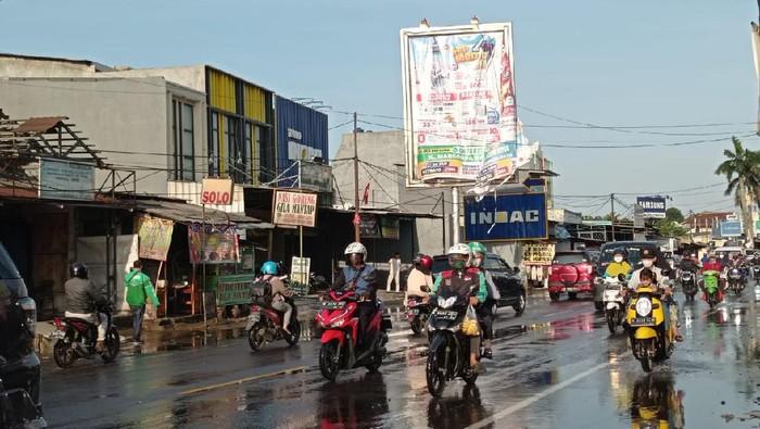 Genangan air di Jalan Sawangan, Depok sudah surut