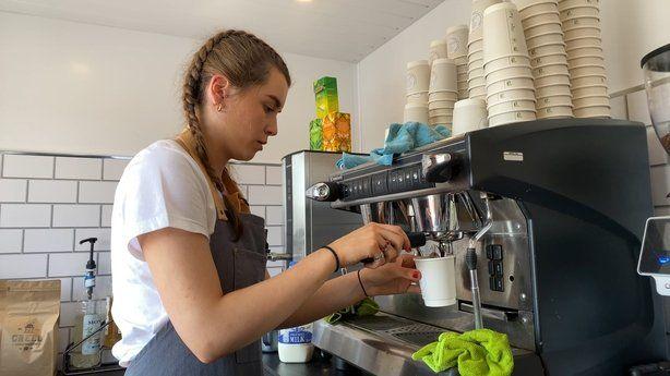 Inspiratif! Gadis 16 Tahun Ini Sudah Punya Bisnis Kopi Sendiri