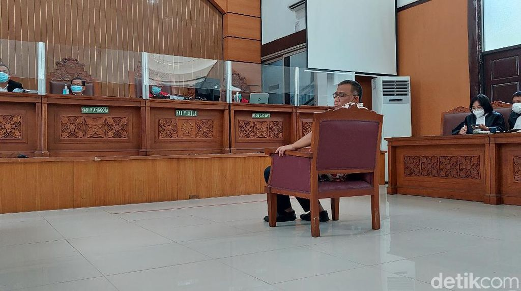 Jumhur Hidayat Dituntut 3 Tahun Penjara Terkait Kasus Berita Bohong