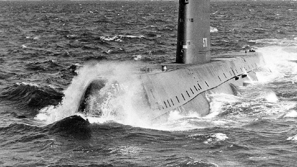 Kapal Selam Nuklir, Sejarah dan Negara yang Mengoperasikannya