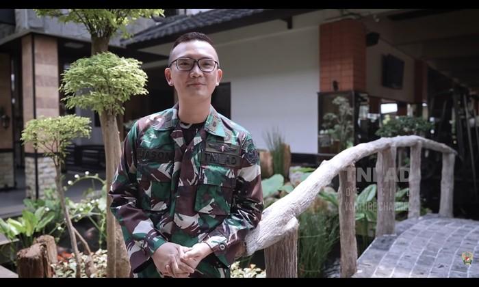 Letda Ckm. Jason Antoni Wibowo, lulusan S2 Inggris Jadi Dokter Prajurit TNI AD