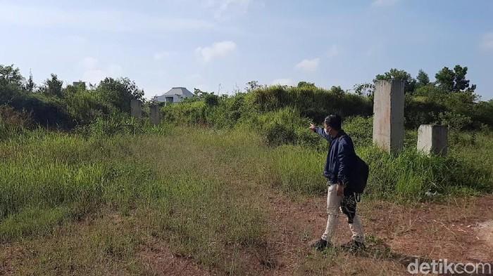 Lokasi lahan pembangunan Masjid Sriwijaya berjarak kurang dari 500 meter ke kantor Kejati Sumsel (Prima S/detikcom)