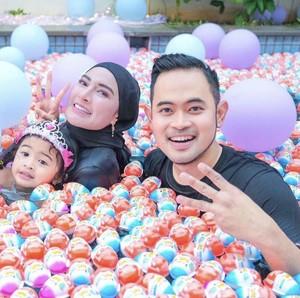 Viral Ulang Tahun Anak Crazy Rich Malang, Hadiahnya Kinder Joy Satu Truk