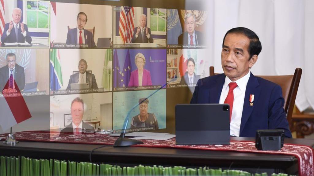 Jokowi Ajak Dubes UE-Bank Dunia Lihat Vaksinasi Door to Door RI