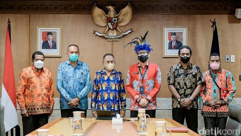 Sandiaga Uno Dukung Konferensi Masyarakat Adat Papua