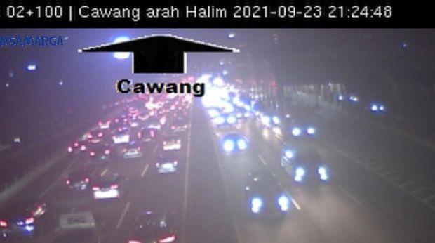 Tol Dalam Kota Jakarta arah Bekasi macet
