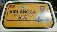 Ada Wajah Airlangga Hartarto 2024 Mejeng di  Angkot