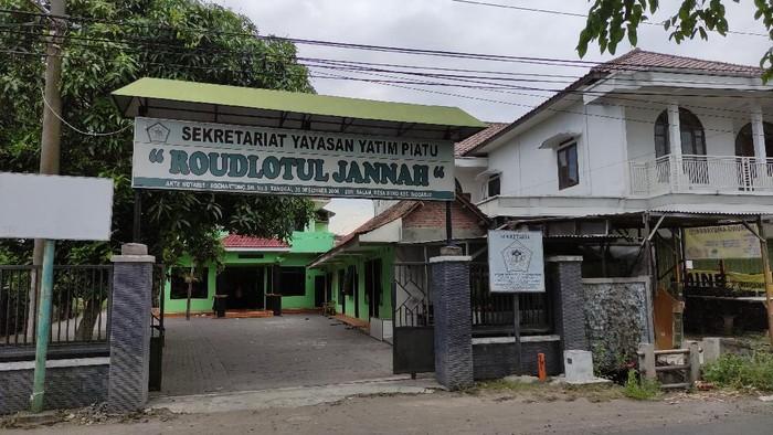 Yayasan Panti Asuhan Roudlotul Jannah Dusun Salam Desa Suko Kecamatan Sidoarjo