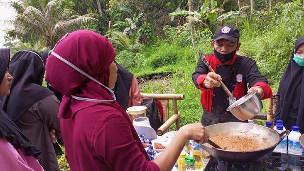 Cooking Class di Desa Tetebatu