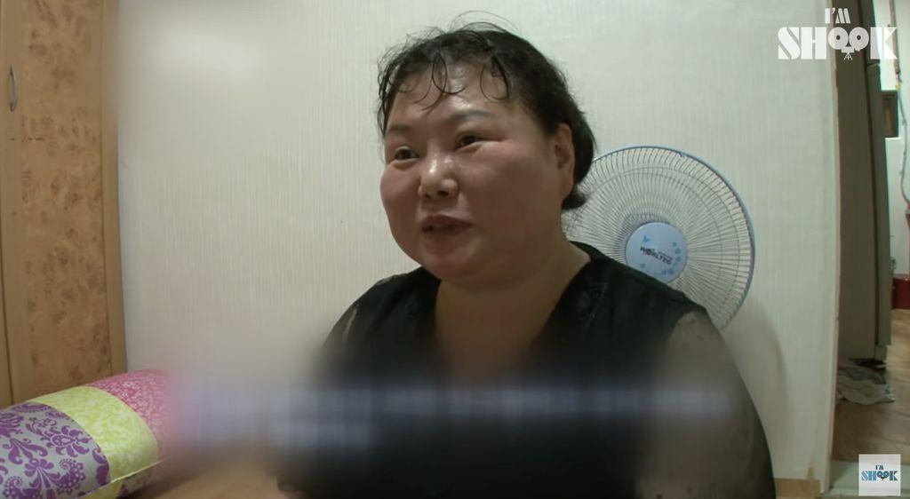 Gokil! Wanita Ini Minum Cuka Seperti Menenggak Air Putih dan Kuah Sayur