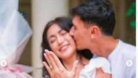 Gaya Jessica Iskandar Dilamar Vincent Verhaag, Pakai Crop Top Serba Putih