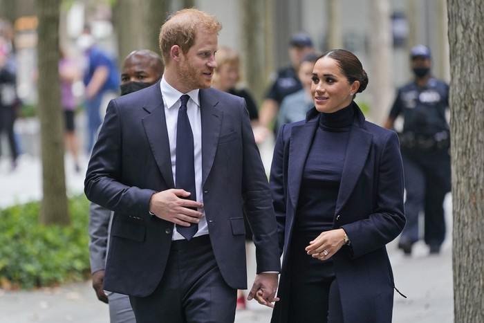Pangeran Harry dan Meghan Markle di New York City. (Foto: AP/Seth Wenig)