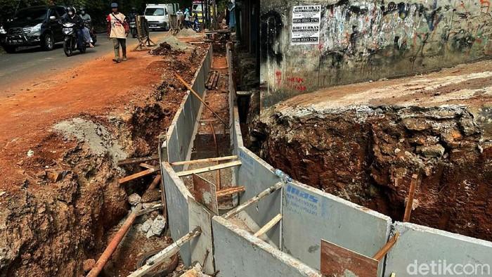 Perbaikan drainase di Jalan Inspeksi Kalimalang terus dilakukan. Perbaikan drainase itu dikebut agar dapat mengantisipasi genangan air saat musim hujan.