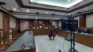 Kivlan Zen Berstatus Tak Ditahan Usai Vonis, Jaksa Tunggu Pengadilan Tinggi