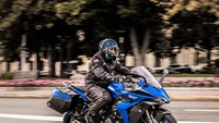 Motor TouringSuzuki GSX-S1000GT Diluncurkan, TampilannyaBuas Banget!